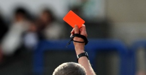 red-card-770x400