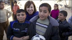 Lyce Doucet mit Gaza-Kindern